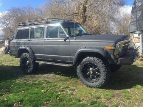 Charcoal Metallic 1986 Jeep Grand Wagoneer