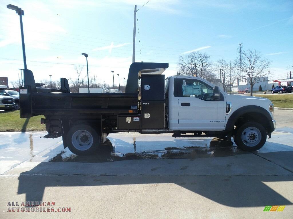 2019 F550 Super Duty XL Regular Cab 4x4 Dump Truck - Oxford White / Earth Gray photo #1
