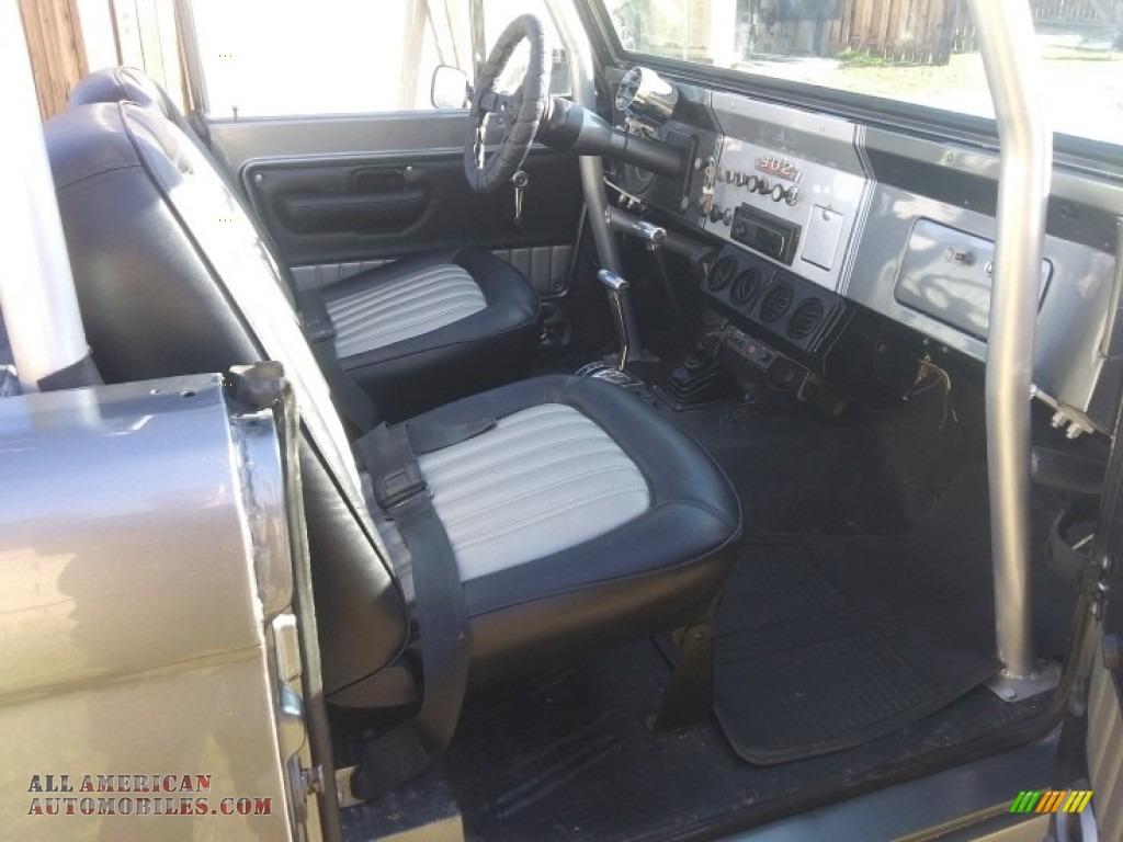 1971 Bronco Sport Wagon - Gun Metal Gray / Black photo #4
