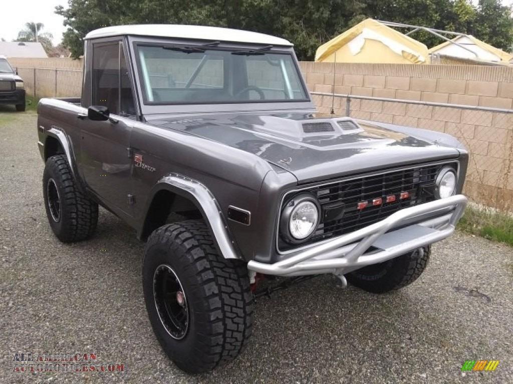 1971 Bronco Sport Wagon - Gun Metal Gray / Black photo #6