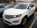 Lincoln MKC Reserve AWD White Platinum photo #1