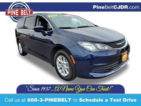 Jazz Blue Pearl 2020 Chrysler Voyager LX