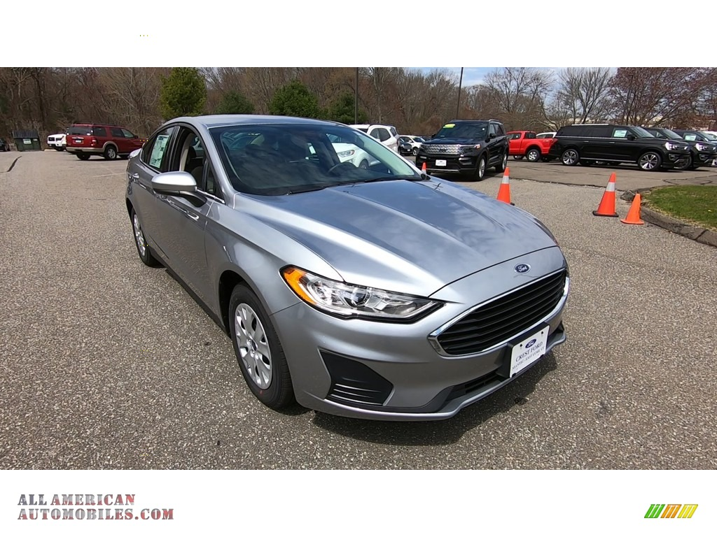 2020 Fusion S - Iconic Silver / Ebony Stone photo #1