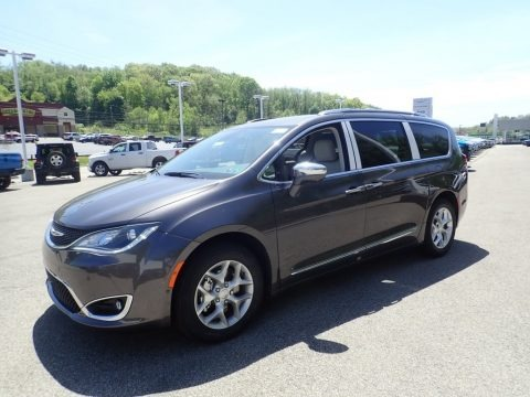 Ceramic Grey 2020 Chrysler Pacifica Limited