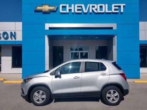 Silver Ice Metallic 2020 Chevrolet Trax LS