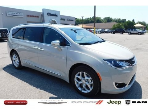 Luxury White Pearl 2020 Chrysler Pacifica Limited