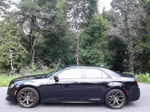 Gloss Black 2017 Chrysler 300 S