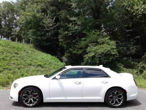 Bright White 2016 Chrysler 300 S