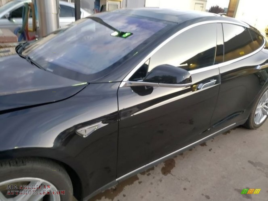 Solid Black / Tan Tesla Model S 90
