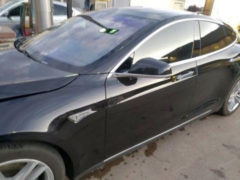 Solid Black 2015 Tesla Model S 90