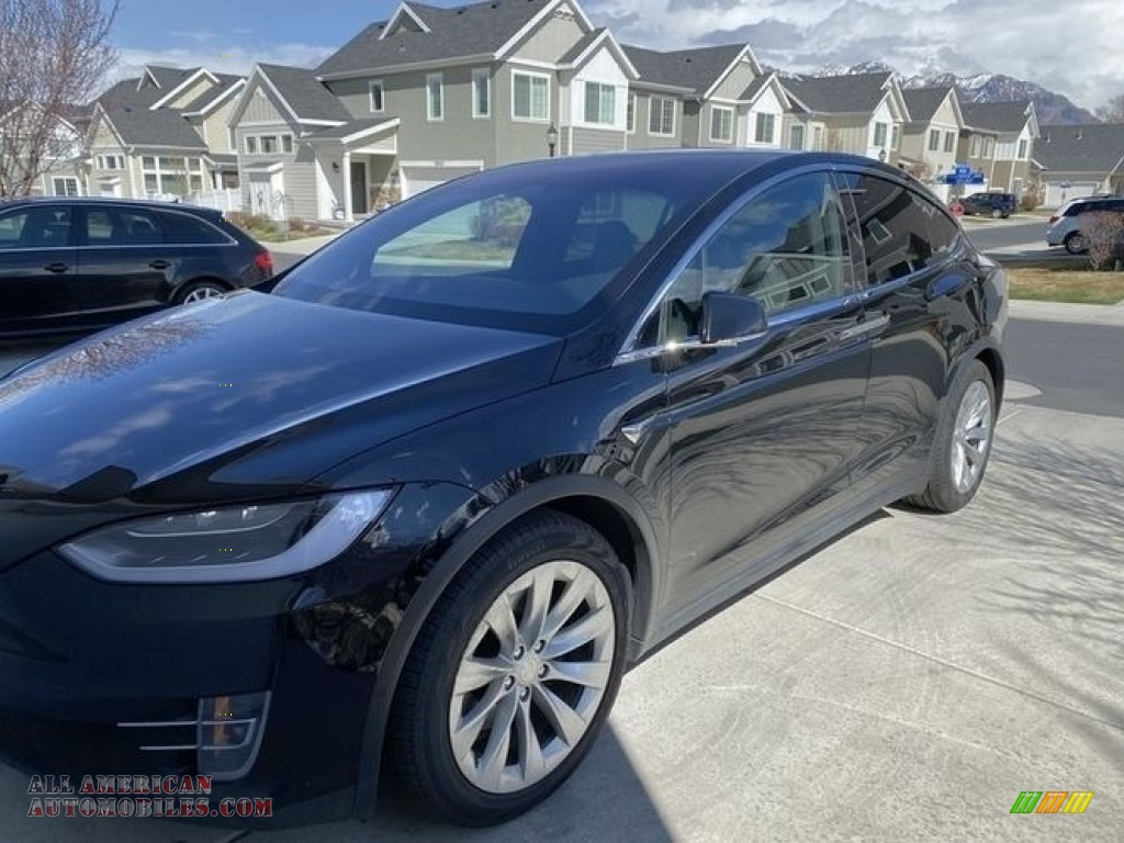 2018 Model X 75D - Solid Black / Black photo #1