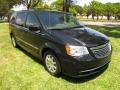 Chrysler Town & Country Touring Brilliant Black Crystal Pearl photo #16