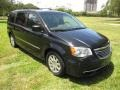 Chrysler Town & Country Touring Brilliant Black Crystal Pearl photo #60