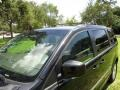 Chrysler Town & Country Touring Brilliant Black Crystal Pearl photo #64