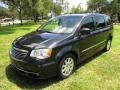 Chrysler Town & Country Touring Brilliant Black Crystal Pearl photo #72