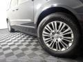 Chrysler Town & Country Touring - L Brilliant Black Crystal Pearl photo #6