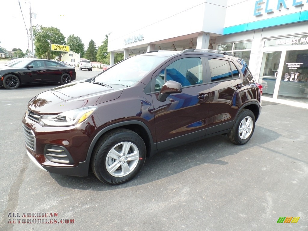 2021 Trax LT AWD - Black Cherry Metallic / Jet Black photo #1