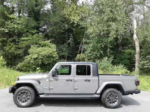 Sting-Gray 2021 Jeep Gladiator Overland 4x4