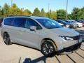 Chrysler Pacifica Launch Edition AWD Ceramic Grey photo #3