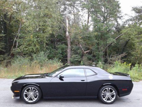 Pitch Black 2020 Dodge Challenger GT