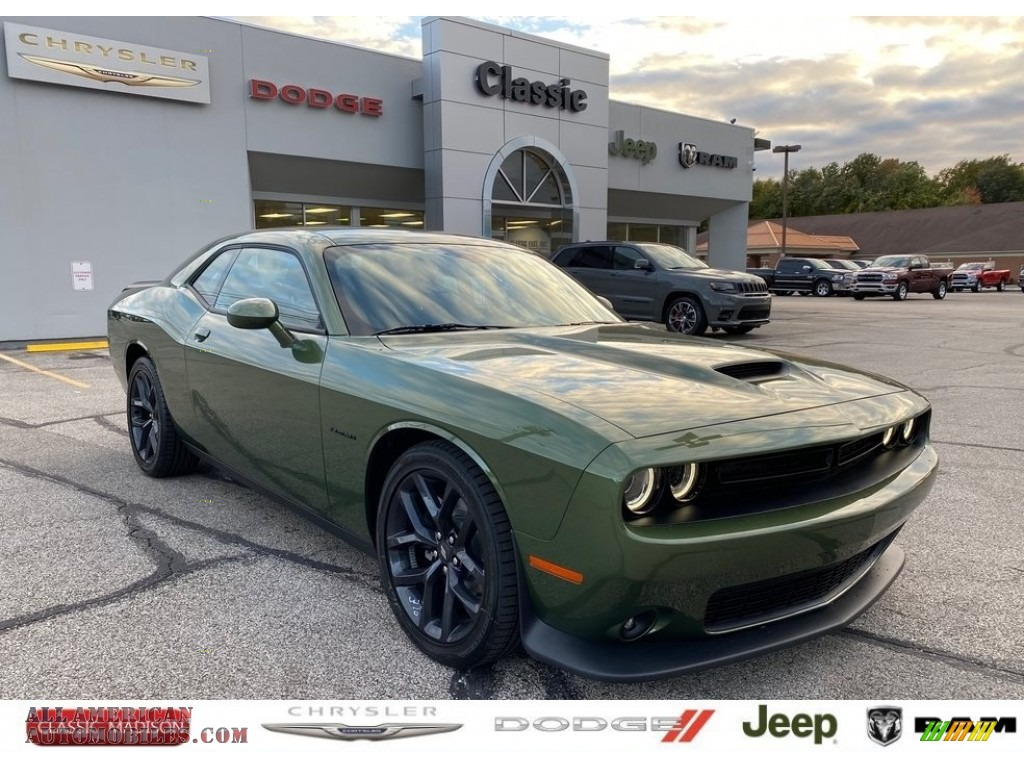 2020 Challenger R/T - F8 Green / Black photo #1