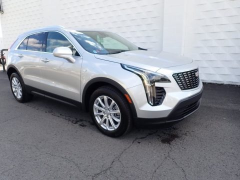 Radiant Silver Metallic 2021 Cadillac XT4 Luxury