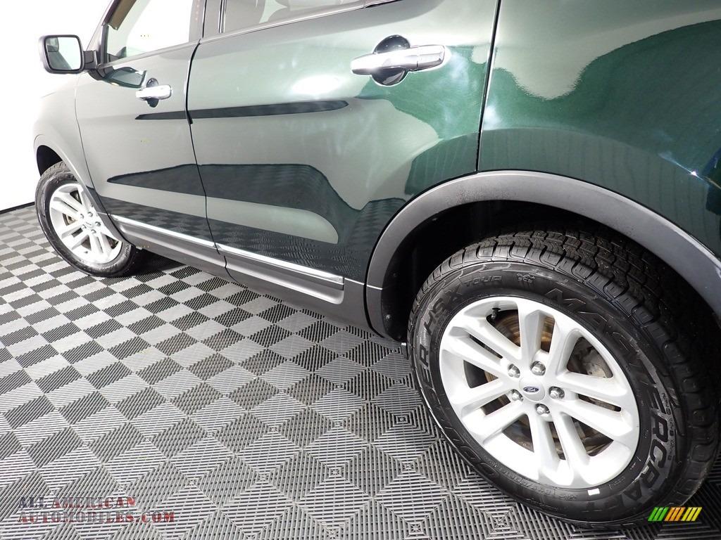 2013 Explorer XLT 4WD - Green Gem Metallic / Charcoal Black photo #10