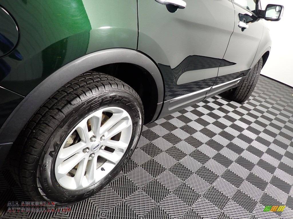 2013 Explorer XLT 4WD - Green Gem Metallic / Charcoal Black photo #19