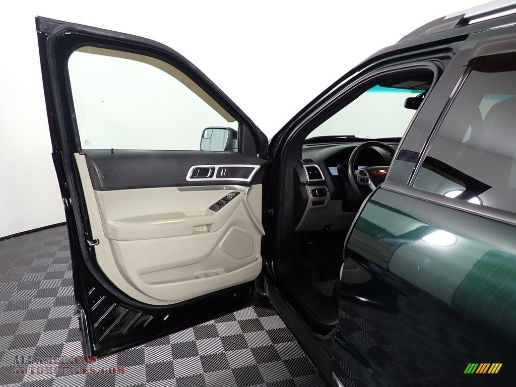 2013 Explorer XLT 4WD - Green Gem Metallic / Charcoal Black photo #20