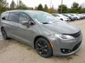 Chrysler Pacifica Hybrid Limited Ceramic Grey photo #3