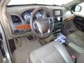Chrysler Town & Country Touring - L Cashmere Pearl photo #18