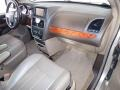 Chrysler Town & Country Touring - L Cashmere Pearl photo #23