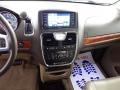 Chrysler Town & Country Touring - L Cashmere Pearl photo #27