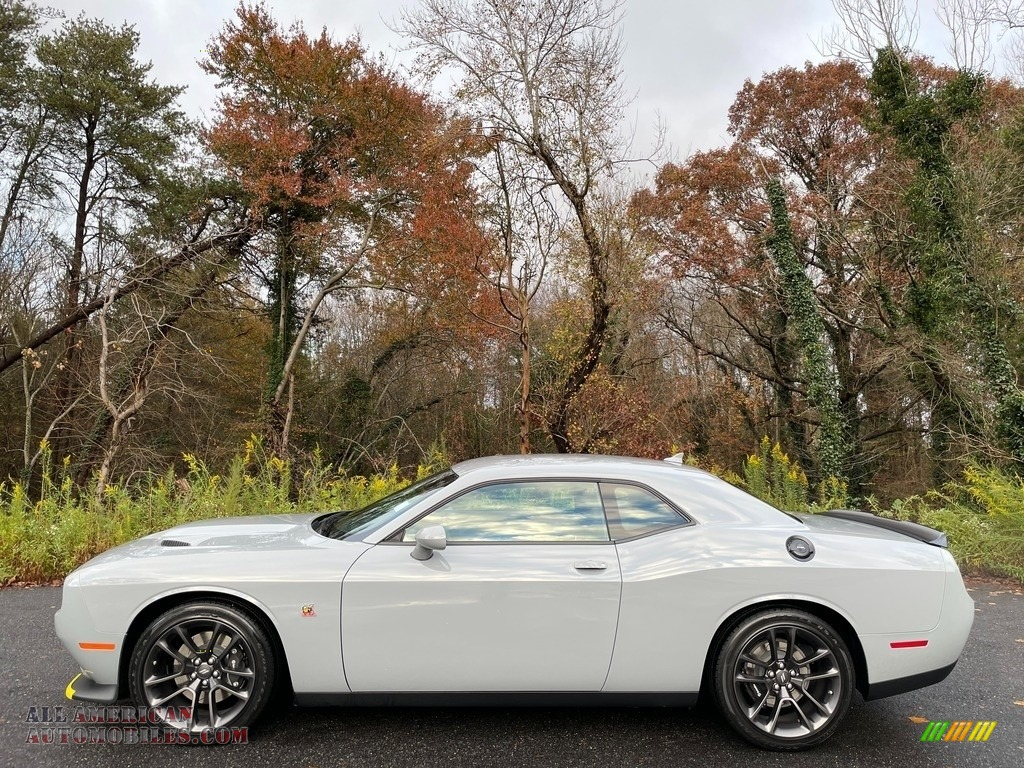 2020 Challenger R/T Scat Pack - Smoke Show / Black photo #1