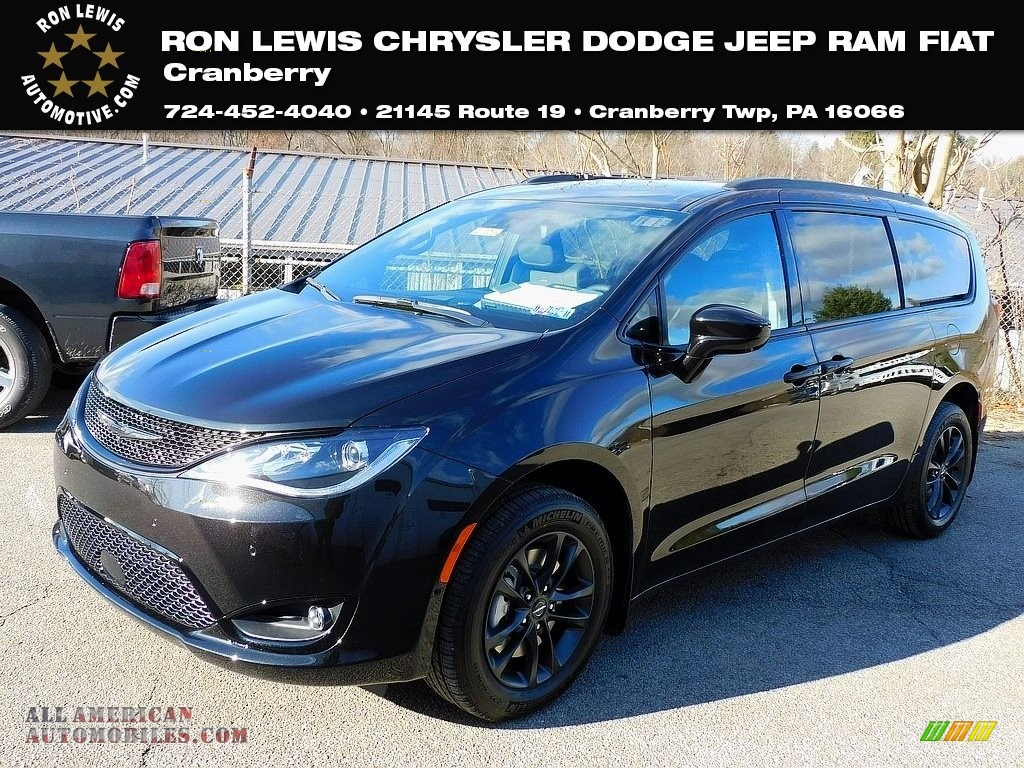 2020 Pacifica Launch Edition AWD - Brilliant Black Crystal Pearl / Black photo #1