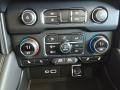 Chevrolet Suburban Z71 4WD Black photo #32