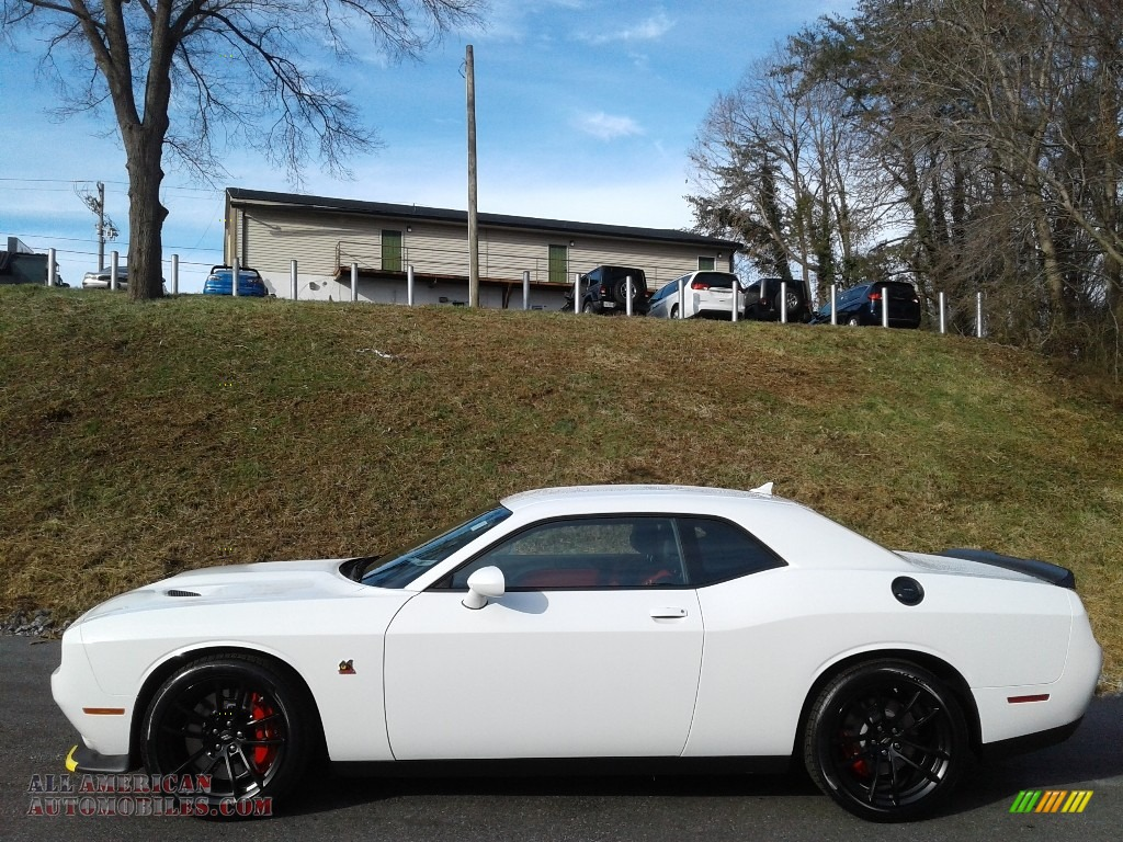 2021 Challenger R/T Scat Pack - White Knuckle / Black/Ruby Red photo #1