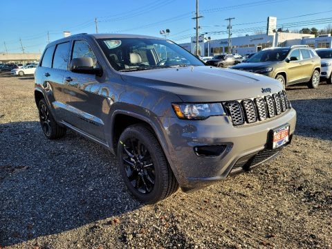 Granite Crystal Metallic 2021 Jeep Grand Cherokee Laredo 4x4