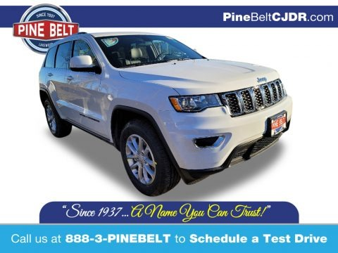 Bright White 2021 Jeep Grand Cherokee Laredo 4x4