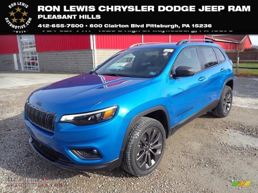 2021 Cherokee Latitude Lux 4x4 - Hydro Blue Pearl / Black photo #1