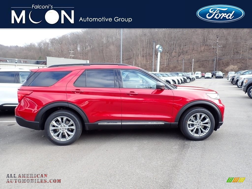 Rapid Red Metallic / Ebony Ford Explorer XLT 4WD