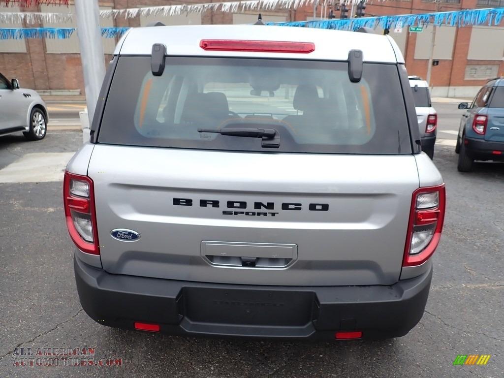 2021 Bronco Sport Base 4x4 - Iconic Silver Metallic / Ebony photo #8