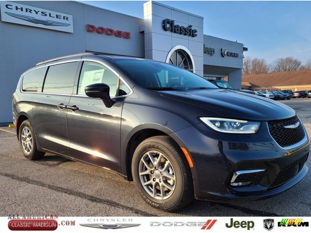 2021 Pacifica Touring - Maximum Steel Metallic / Black/Alloy photo #1