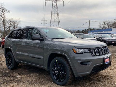 Sting-Gray 2021 Jeep Grand Cherokee Laredo 4x4