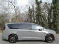 Chrysler Pacifica Touring Ceramic Gray photo #5