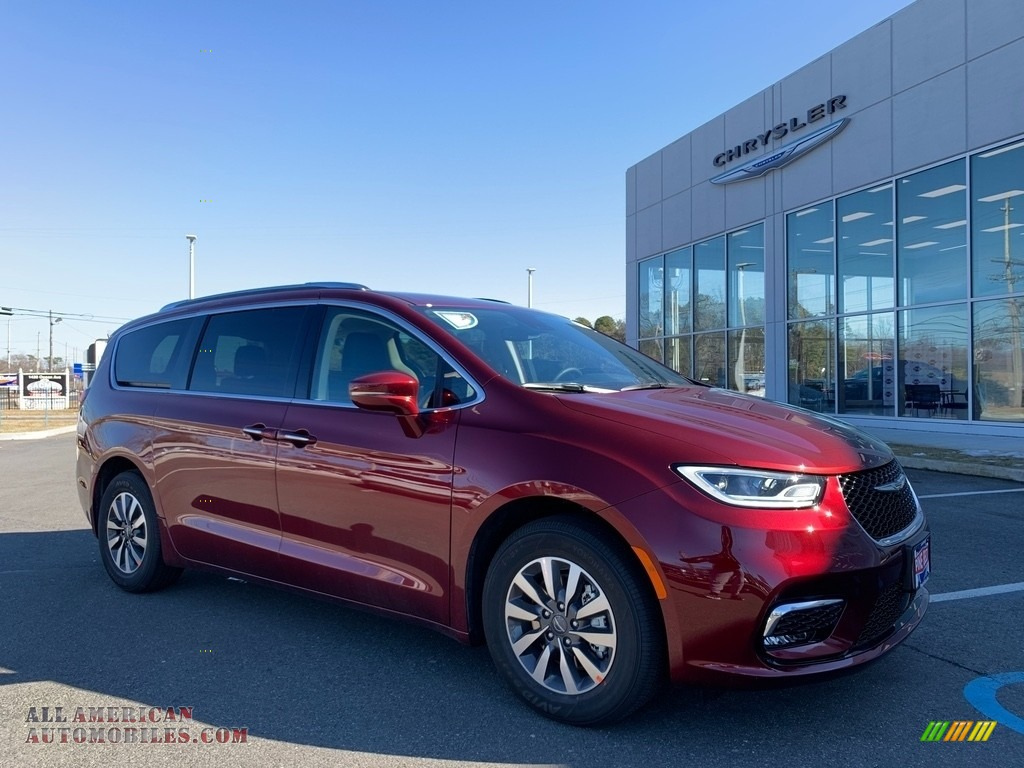 2021 Pacifica Touring L - Velvet Red Pearl / Black/Alloy photo #1