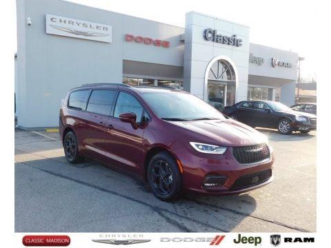 Velvet Red Pearl 2021 Chrysler Pacifica Hybrid Limited
