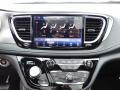 Chrysler Pacifica Limited AWD Bright White photo #6