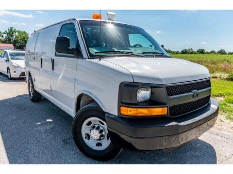 Summit White 2009 Chevrolet Express 2500 Cargo Van