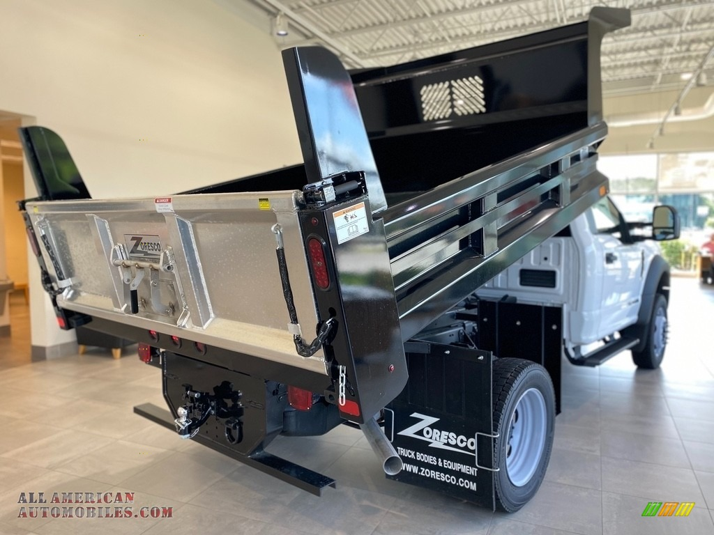 2021 F550 Super Duty XL Regular Cab 4x4 Chassis Dump Truck - Oxford White / Medium Earth Gray photo #5